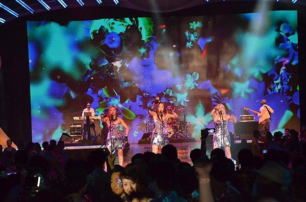 2013-02-01 Liquid Blue Band in Honolulu HI at Hangar 79 050