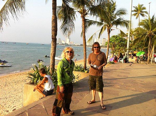 2013-02-19 Liquid Blue Band In Pattaya Thailand 023