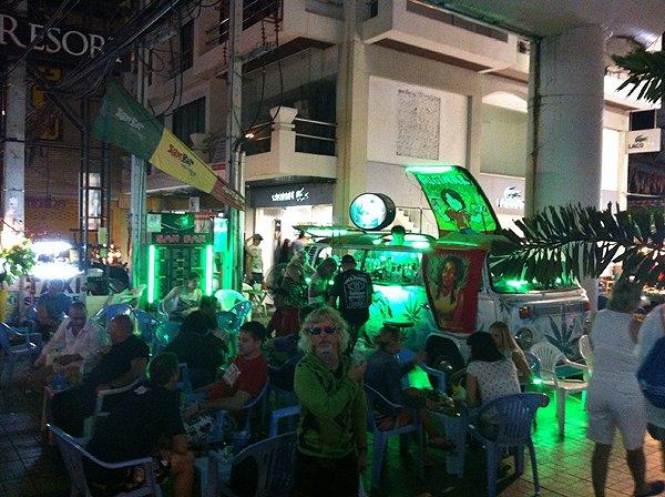 2013-02-19 Liquid Blue Band In Pattaya Thailand 067