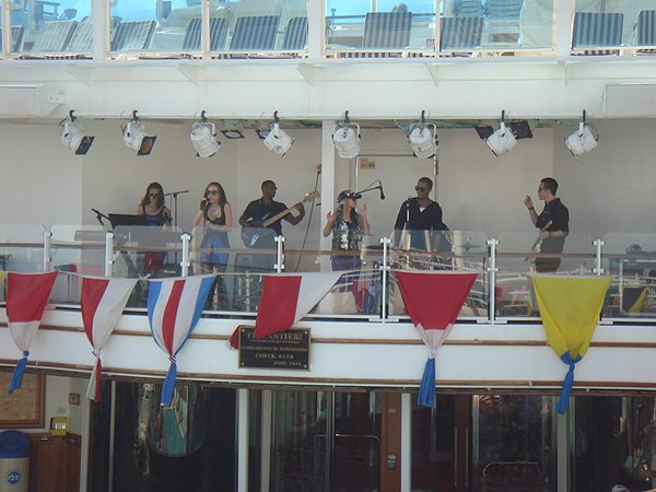 2014-02-10 Liquid Blue Band on Ruby Princess 001