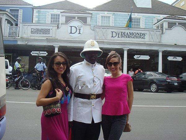 2014-02-25 Liquid Blue Band in Nassau Bahamas 010