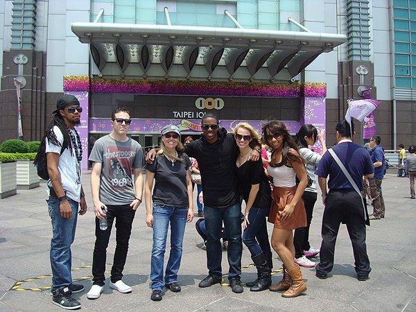 2014-04-21 Liquid Blue Band in Taipei Taiwan 029