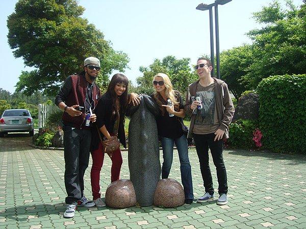 2014-05-23 Liquid Blue Band In Jeju South Korea 003