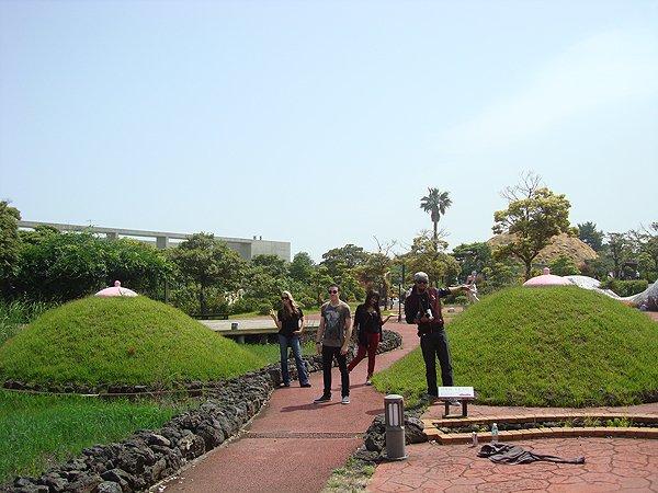 2014-05-23 Liquid Blue Band In Jeju South Korea 009