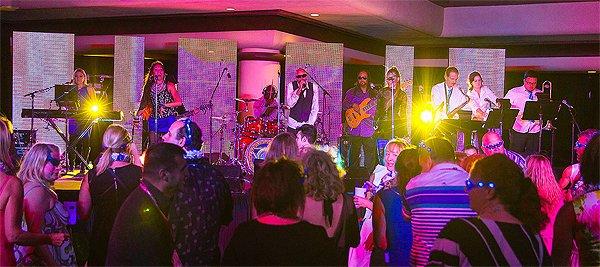 2014-11-18 Liquid Blue Band in Kona HI at Waikoloa Hilton 118