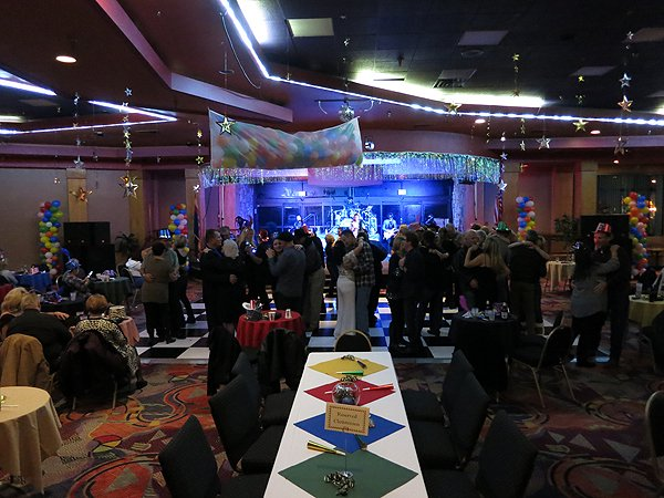 2014-12-31 Liquid Blue Band in Payson AZ at Mazatzal Casiono 005