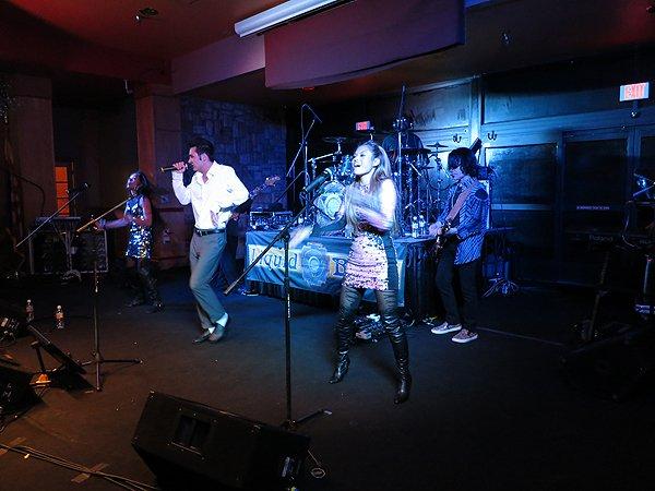 2014-12-31 Liquid Blue Band in Payson AZ at Mazatzal Casiono 009