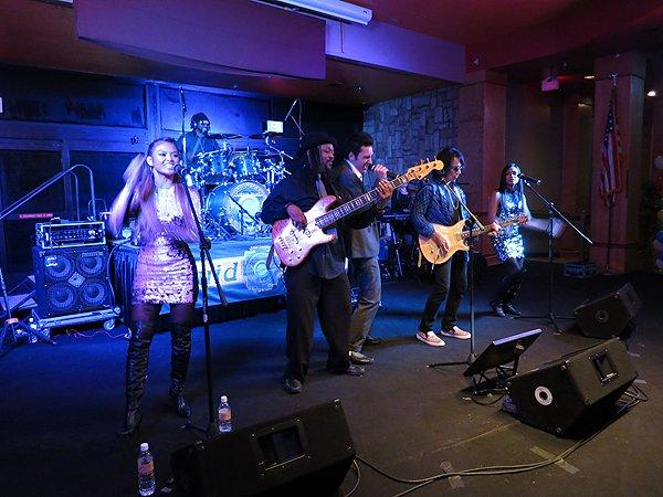 2014-12-31 Liquid Blue Band in Payson AZ at Mazatzal Casiono 033