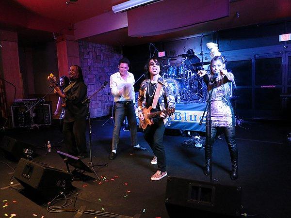2014-12-31 Liquid Blue Band in Payson AZ at Mazatzal Casiono 061
