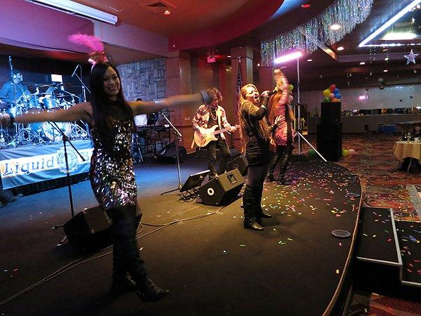 2014-12-31 Liquid Blue Band in Payson AZ at Mazatzal Casiono 070