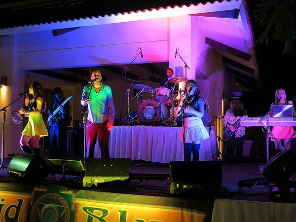 2015-01-14 Liquid Blue Band in Guanacaste Costa Rica at The Westin Playa Conchal 005