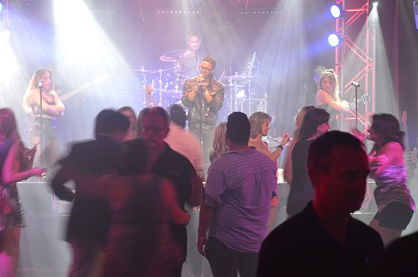2015-06-19 Liquid Blue Band in Shreveport LA at Eldorado Casino 008