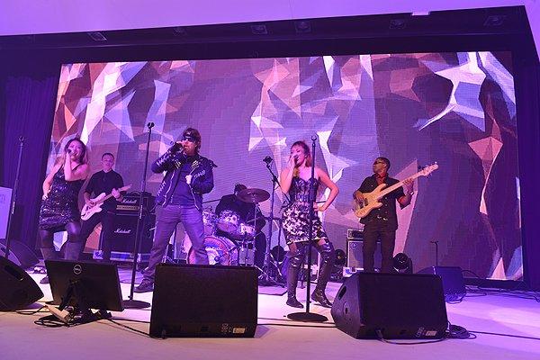 2015-09-19 Liquid Blue Band In Hong Kong China At Grand Hyatt 061