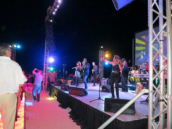 2015-11-06 Liquid Blue Band in Cabo San Lucas Mexico at Hilton Los Cabos 023