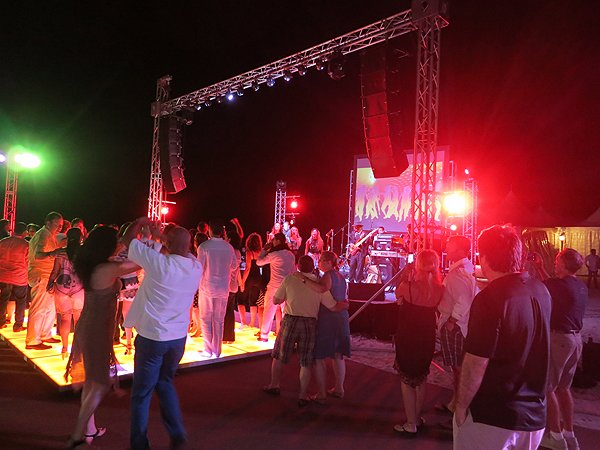 2015-11-06 Liquid Blue Band in Cabo San Lucas Mexico at Hilton Los Cabos 034