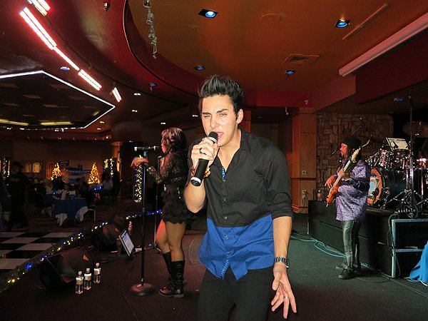 2015-12-31 Liquid Blue Band in Payson AZ at Mazatzal Casiono 10