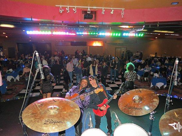 2015-12-31 Liquid Blue Band in Payson AZ at Mazatzal Casiono 24