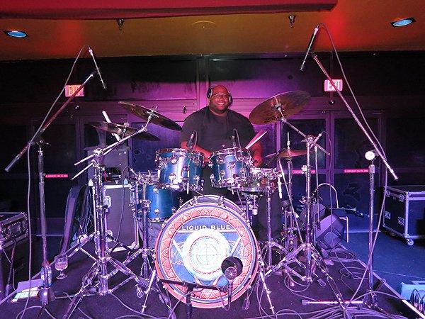 2015-12-31 Liquid Blue Band in Payson AZ at Mazatzal Casiono 38