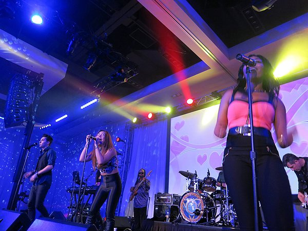 2016-01-22 Liquid Blue Band in Scottsdale AZ at Westin Kierland Resort 206