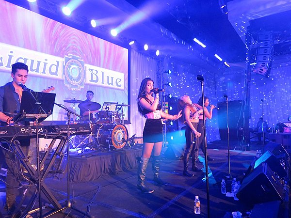 2016-01-22 Liquid Blue Band in Scottsdale AZ at Westin Kierland Resort 208