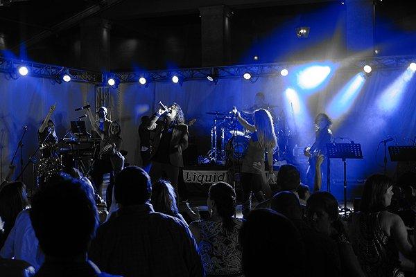 2016-05-03 Liquid Blue Band In Rio Grande Puerto Rico At St Regis Bahia Beach Resort 079