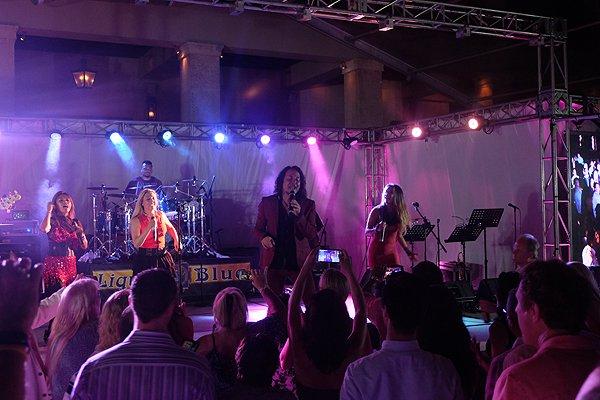 2016-05-03 Liquid Blue Band In Rio Grande Puerto Rico At St Regis Bahia Beach Resort 080