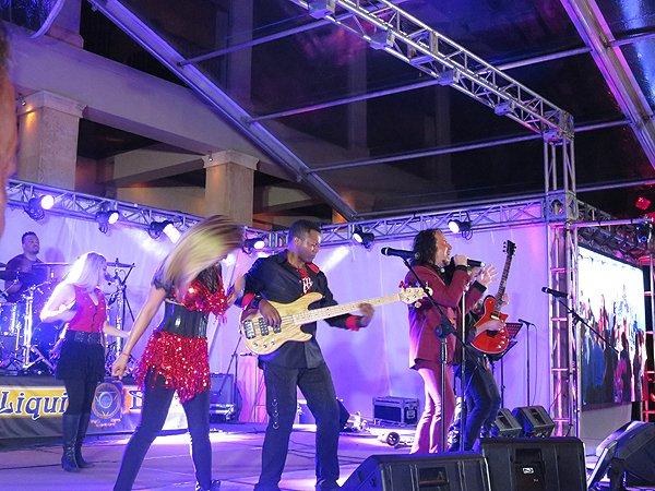 2016-05-03 Liquid Blue Band In Rio Grande Puerto Rico At St Regis Bahia Beach Resort 083
