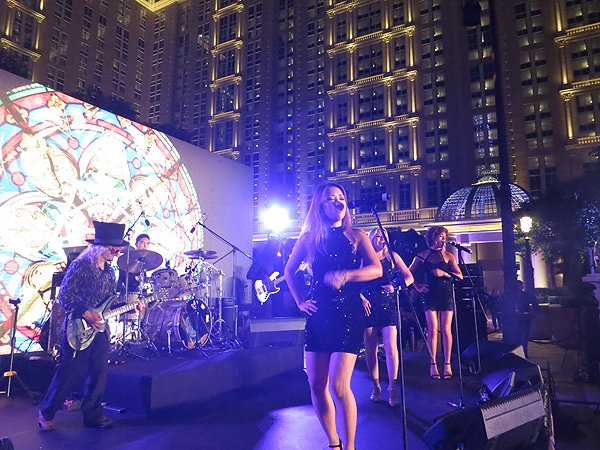 2016-09-13 Liquid Blue Band In Macau China At Parisian Hotel 2
