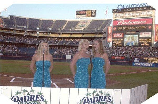 2001-04-28 San Diego CA Qualcomm 000