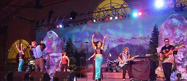 2002-12-14 Live 3