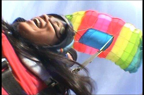 2005-01-02 Skydive LL4 500