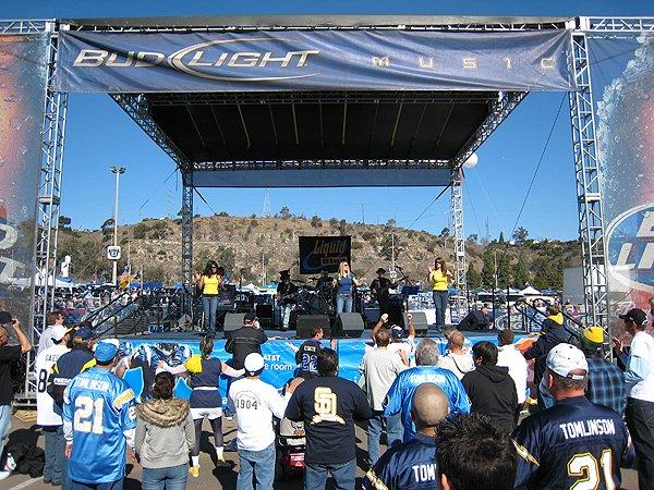 2007-01-14 San Diego CA Qualcomm Stadium 030