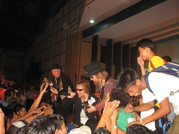 2007-02-09 Dipolog City Philippines Pandamonium