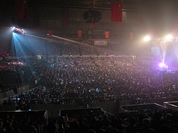 2007-03-03 San Francisco CA Cow Palace Televised Concert