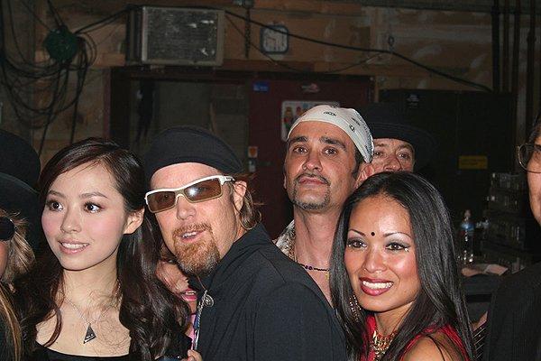 2007-03-31 Pasadena CA Post Concert 008