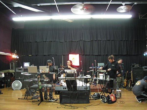 2008-02-08 El Cajon CA Hot Monkey Love 004