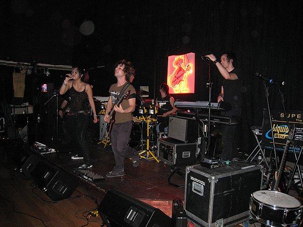 2008-02-08 El Cajon CA Hot Monkey Love 010