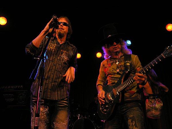 2009-01-03 Liquid Blue Band in Tuolumne CA at Black Oak Casino 001