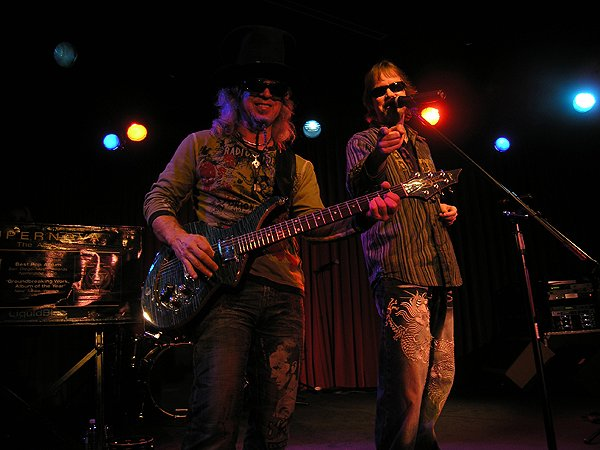 2009-01-03 Liquid Blue Band in Tuolumne CA at Black Oak Casino 002