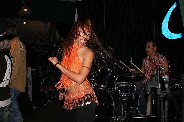 2009-05-01 Liquid Blue Band in Pasadena CA at Twin Palms 003