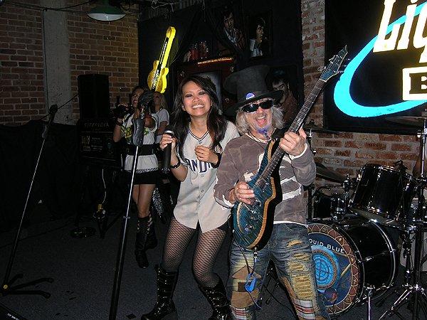 2009-05-02 Liquid Blue Band San Diego CA at Dicks Last Resort 000
