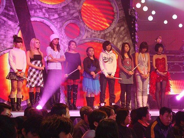 2009-12-29 FuZhou China Mn Idol 000