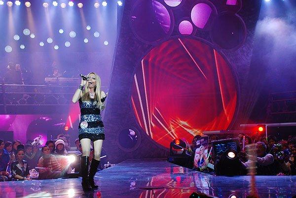 2009-12-29 FuZhou-China Mn Idol 009