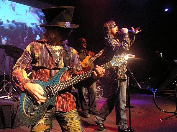 2009-12-31 Liquid Blue Band in Jackpot NV at Cactus Petes Casino 000