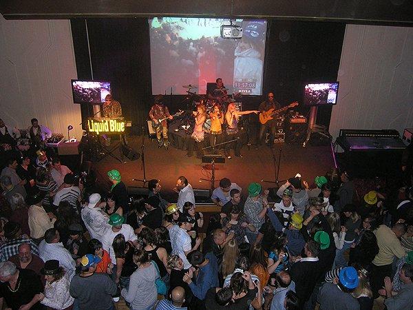 2009-12-31 Liquid Blue Band in Jackpot NV at Cactus Petes Casino 022
