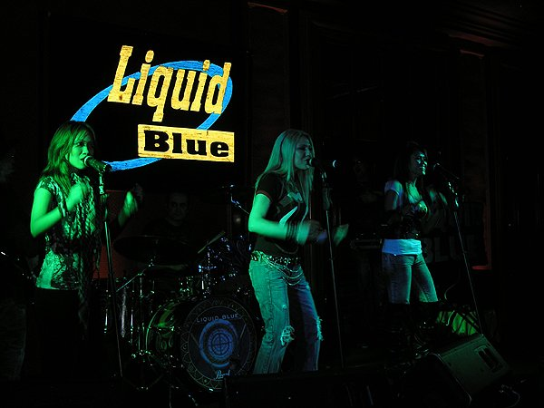 2010-02-19 Liquid Blue Band in Del Mar CA at Grand Del Mar 003