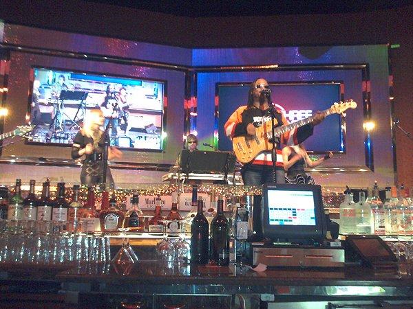 2010-04-11 Liquid Blue Band in Philadelphia PA at Parx Casino 004