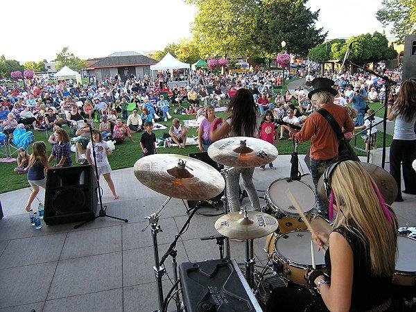 2010-08-12 Liquid Blue Band in Puyallup WA at Pioneer Park 007