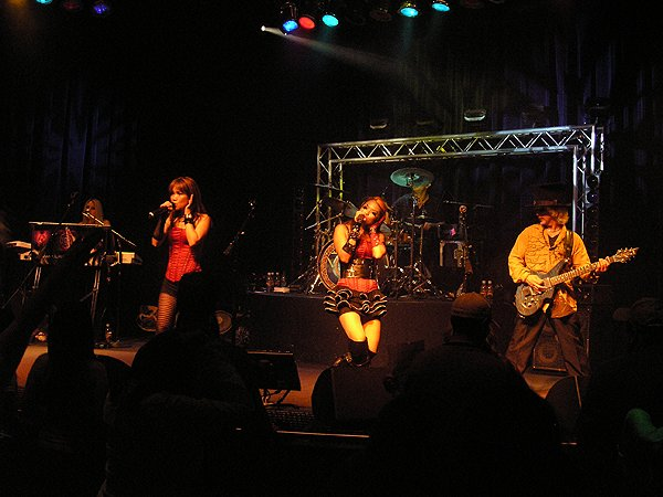 2010-08-13 Liquid Blue Band in Tulalip WA at Canoes Cabaret 004