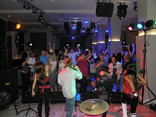 2010-09-15 Liquid Blue Band in Indian Wells CA at Renaissance Hotel 003